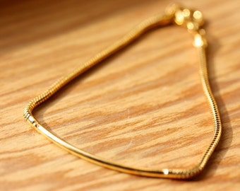 Small Gold Bar Bracelet