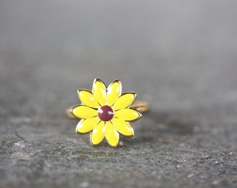 Sunflower Ring Gold, Vintage Sunflower Ring, Sunflower Ring, Yellow Sunflower Ring, Flower Ring, Enamel Ring, Yellow Ring, Gold Ring, Ring