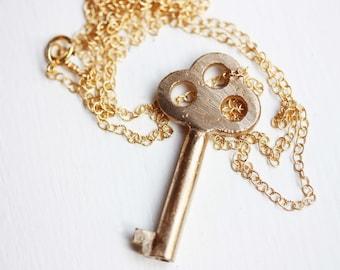Key Necklace Gold, Key Necklace, Skeleton Key Necklace, Brass Key Necklace, Gold Filled Necklace, Long Chain Necklace, Long Necklace, Key