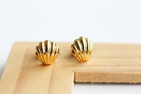 Gold Vintage Seashell Studs