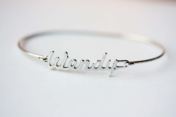 Vintage Name Bracelet - Wendy