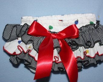 Ruffle panty Ladybug Sassy Fancy Ruffle Panty, Sweet Ruffle Pants, Ruffle Bloomers, Fancy Pants, Handmade Sassy Britches Ivory Photo Prop