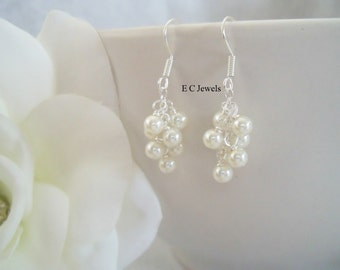 Dainty Pearl Cluster Earrings