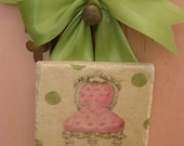 Pink Baroque Style French Chair with Polka Dot Background Marble Tile Sign with Green Bow Hanger