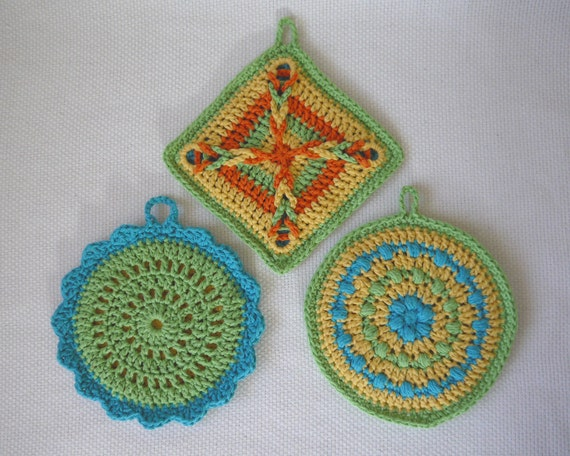 Crochet Pattern: Colorful Pot Holder Set