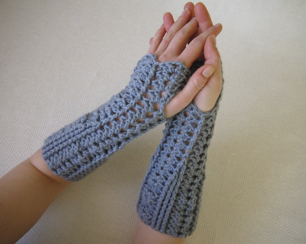 Crochet gloves pattern shelly fingerless gloves zoom bankloansurffo Image collections