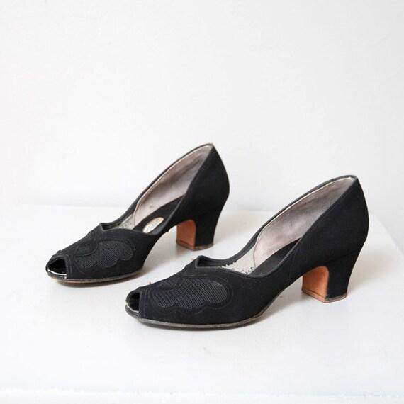 1940s Heels - Black Leather Mesh Peep Toe Heels Size 7