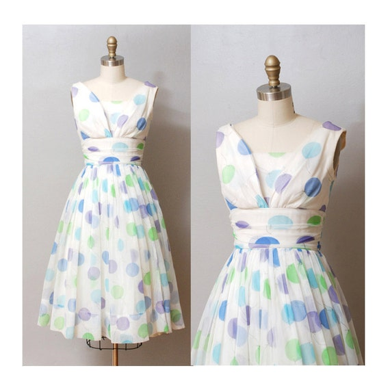 1950s Party Dress - Full Skirt Cocktail Dress with Balloon Print
