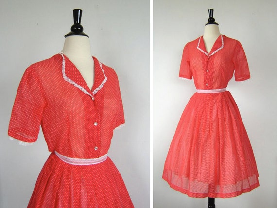 THE SWEETHEART. Vintage Red Polka Dot Dress.
