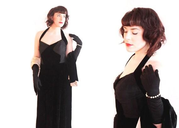 SALE Vintage 1940s Evening Gown // 40s Black Velvet Dress // Size XL Bust 44