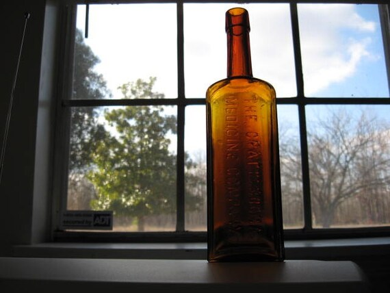 The Chattanooga Medicine Company Tennessee Antique Bottle St Louis Missiour