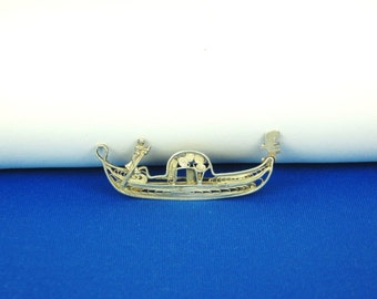 Vintage 800 Silver Venice Canal Boat and Sailor Pin