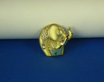 Goldtone Mama and Baby Elephant Pin
