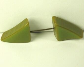 Vintage Old Olive Bakelite Jabot Pin
