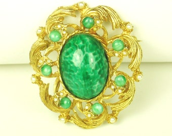 Hattie Carnegie Marbled Green Glass and Faux Pearl Pin