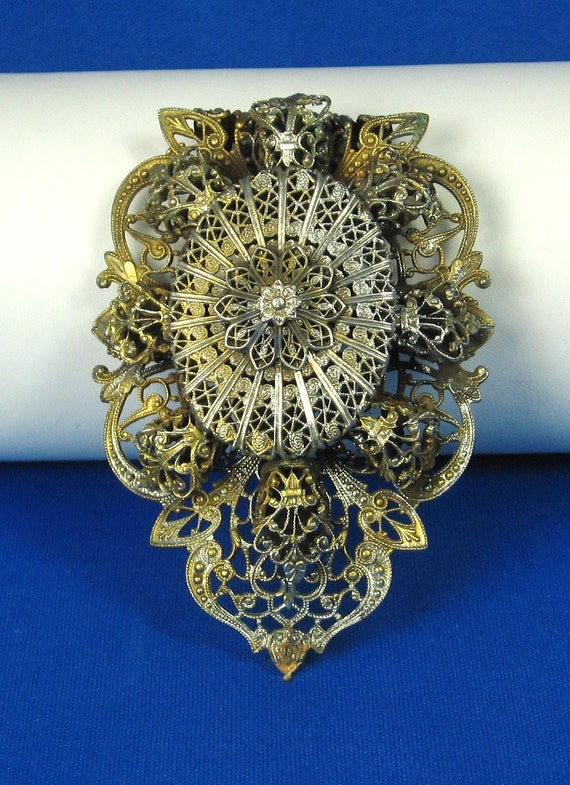 Large 1900s Gold Plated Filigree Floral Dress Clip