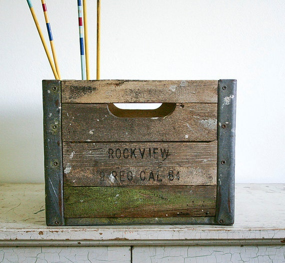 Vintage Wood & Metal Milk Crate - Rockview Farms