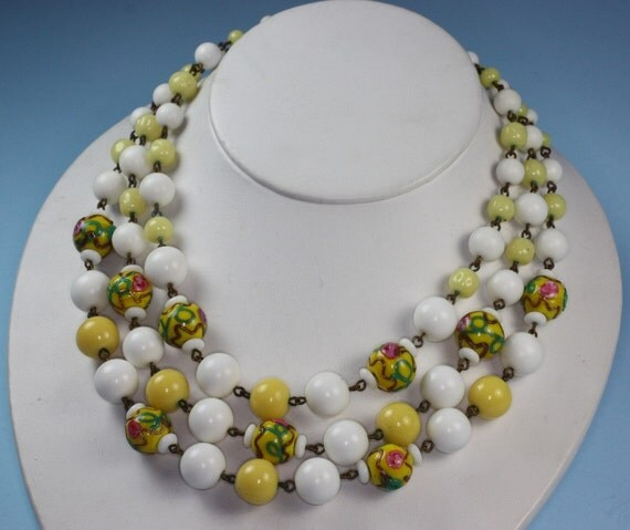 Vintage 3 Strand Necklace Wedding Cake Beads and Plastic Beads
