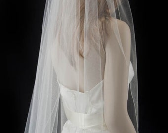 wedding veil, fingertip length bridal veil, pencil edge veil