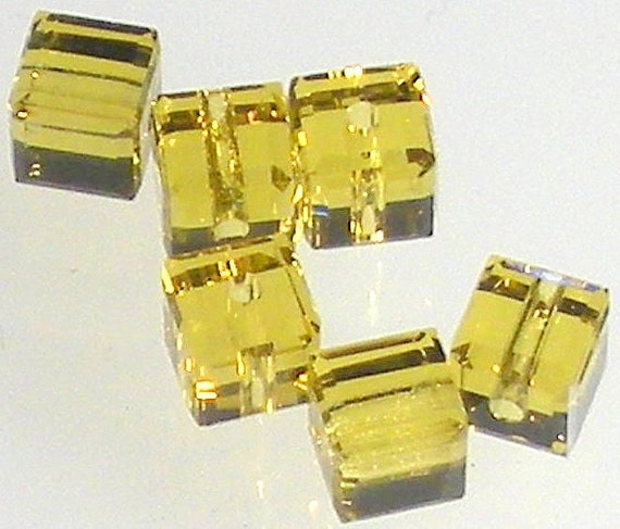 Swarovski Crystals 5601 LIME 4mm