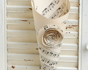 Ten Pew Decor / Wedding Cones / Vintage Sheet Music Cones / Music  Lovers Wedding Decor