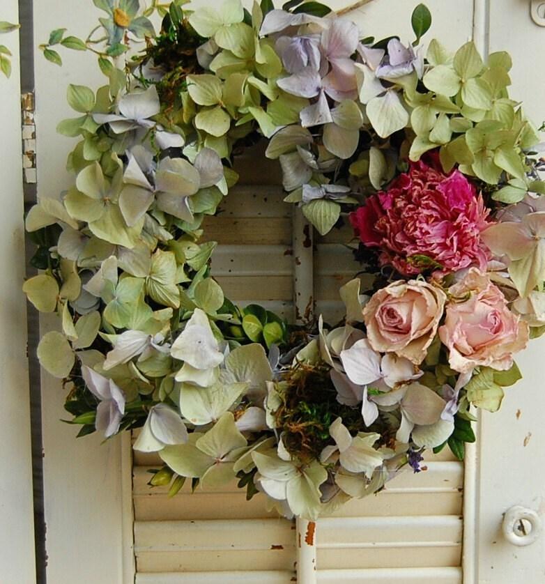 Dried Hydrangea Arrangements: Spring Dried Flower Wreath With Hydrangea Roses By