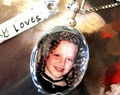 Oval Photo Picture Locket Necklace Mothers Personalized Keepsake Scalloped Antiqued Glass Sterling Tag Charm Gift New Moms Sister Daughter