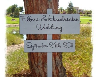 DiReCTioNaL WeDDiNg SiGnS - Modern Styled Wedding Sign - CuSToM WeLCoMe SiGn - Wedding Arrow Signs - 4ft Stake
