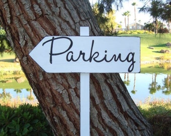 DiReCTioNaL WeDDiNg SiGn - PaRKinG SiGn - Modern Style Lettering - Custom Wedding Arrow Signs - Wedding Guest Sign - Rustic sign - 4ft Stake