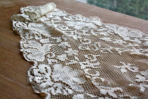 Cream Colored Victorian Lace Scarf