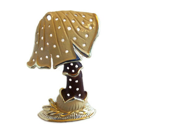 Mushroom Earring Holder - Vintage - Brown and Beige