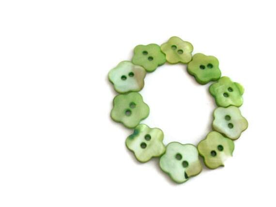 Green Flower Buttons - Shell - Set of 10