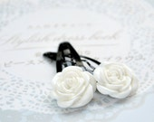 White Rose Clips - 2 pcs - Lucite flowers and black metal clips