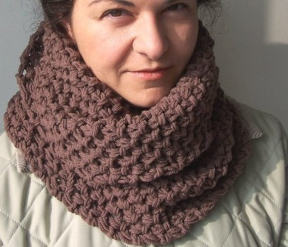 Hooded Scarf Knitting Pattern For Beginners : Chunky Cowl Scarf Knitting PATTERN PDF Beginner DIY Unisex