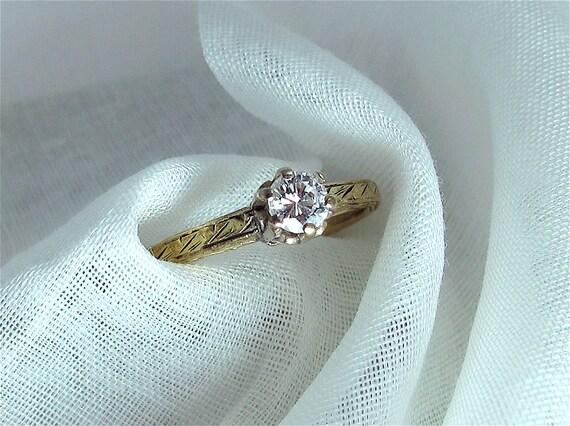 Art Deco 14K Gold and Diamond Ring