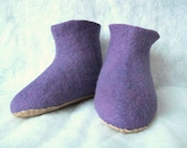 Felt booties-felt wool slippers-men slippers-women slippers- felted slippers-natural slippers-felted purple booties- Valentine day gift
