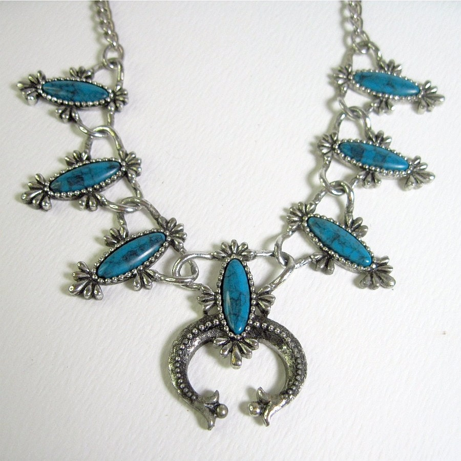 Vintage Sarah Coventry Necklace Squash Blossom By