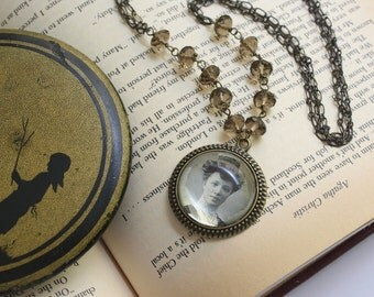 Old photos Album...Necklace, Retro Trend, Gifts for Sister, Vintage style Necklace