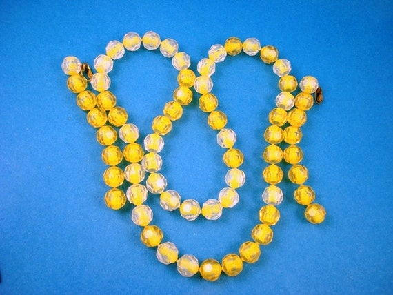Vintage Pop Beads Necklace Earrings Set - Clear and Yellow