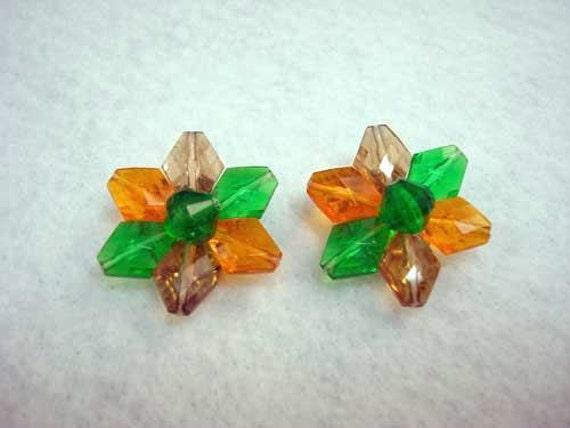 Vintage ORANGE GREEN TOPAZ Plastic Flower Clip Earrings
