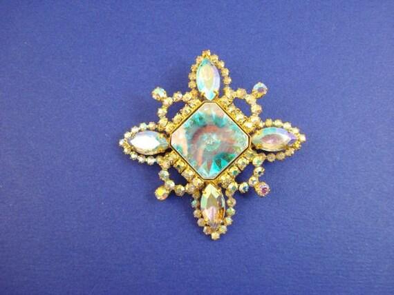 Vintage Aurora Borealis Specialty Rhinestone Brooch
