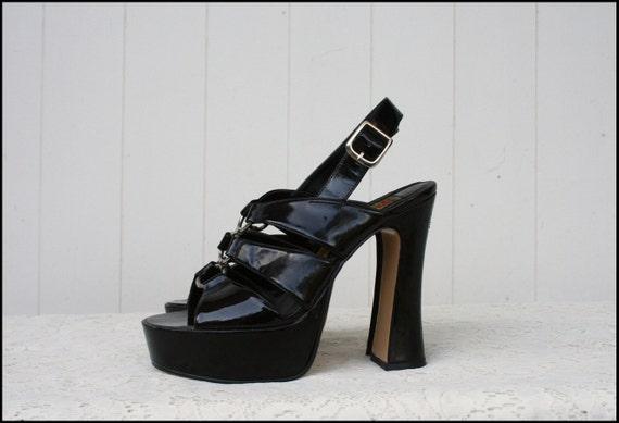 size 8 vintage 60s 70s black patent platform shoes by