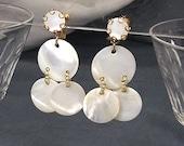 Vintage Earrings  MOP Mother of Pearl Drop Screw Back