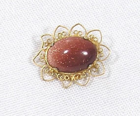 Vintage Brooch Gold Stone Aventurine 1/20 12k  Gold Filled GF