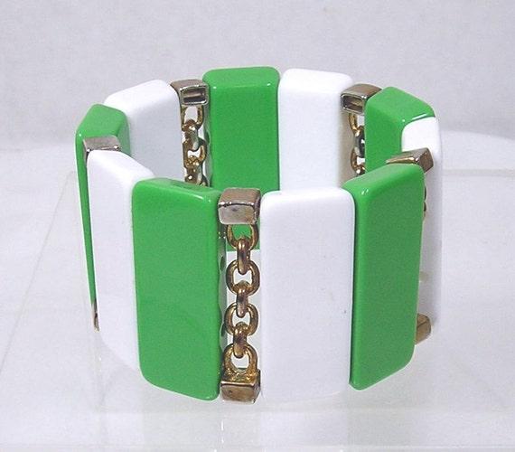 Vintage 1960's Bracelet Green White Mod Gold