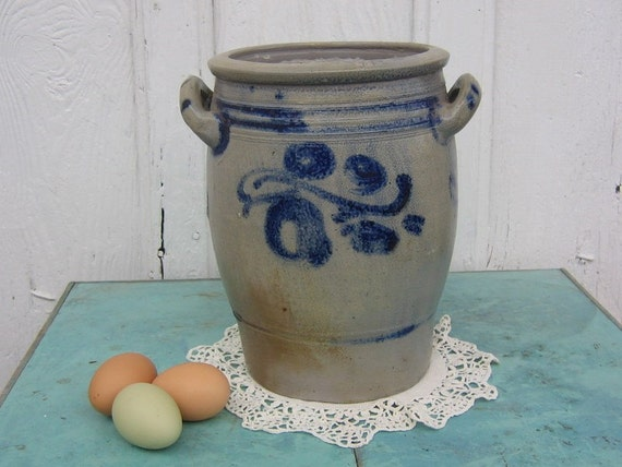 Country German Made 19th Century Egg Crock