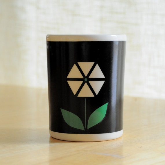 mod flower ceramic cup - mobil oil promo item