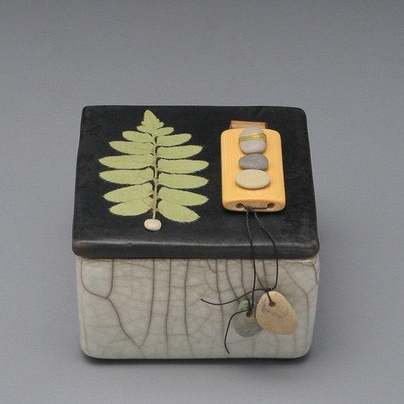 Box,ceramic, nature,zen,fern,leaf,handmade,ring box,earring box