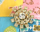 SNoWFLaKe PIN BRooCH . Modern Atomic Design .  CoSTuMe JeWeLRY