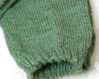 Simple Luxury Alpaca Socks - Sage Green - Large